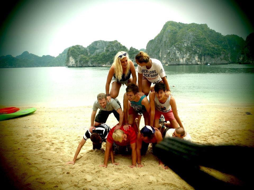 Halong Bay Castaway Hanoi Backpackers